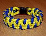 Подарок Паракордовый браслет выживания 'Украинец'