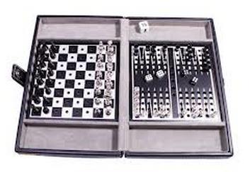 Купить Настольная игра 'Дорожный набор в кожаном кейсе: шахматы, шашки, нарды', Duke
