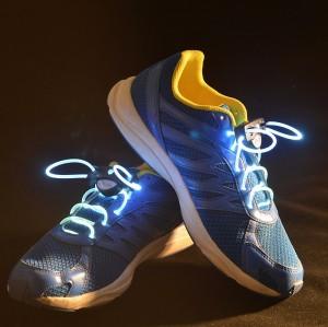 Подарок Светящиеся шнурки UFT Disco Painbow