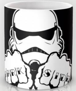 Подарок Оригинальная чашка 'Dark Side Knuckle'