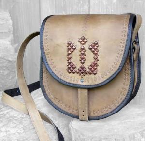Подарок Женская сумка 'Криївка' из натуральной кожи
