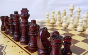 фото Нарды+шашки+шахматы (3 в 1) дерево (40х40 см) (NS-2013) #3