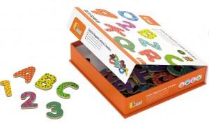 Набор магнитных букв и цифр Viga Toys 'Буквы и цифры' (59429)