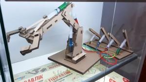 фото Гидравлический конструктор манипулятор 'Гидравлик' #2