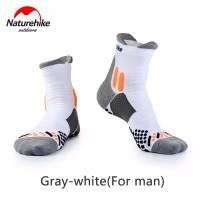 Носки для бега мужские NatureHikeRunning 42-44 grey/white (NH17A002-M)