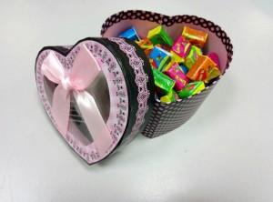 Подарок Жвачки Love is в коробочке Стандарт