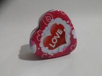 Подарок Чай в жестяной коробочке в форме сердца