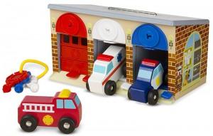 Игровой набор Melissa&Doug 'Гараж спасательных машин с ключами' (MD4607)