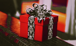 Подарки с поводом и без