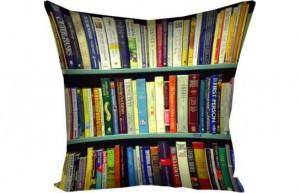 фото Подушка Библиотека #2
