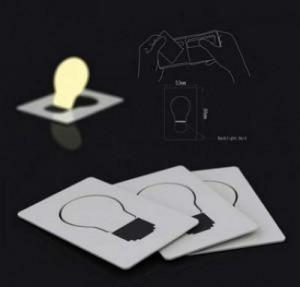 фото Карманный светильник складывается в форму визитки #3
