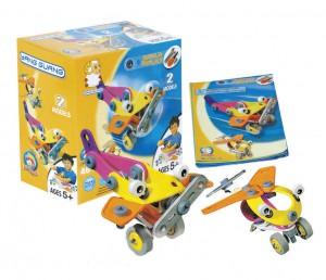 Пластиковый конструктор (2 модели самолетов и вертолет)