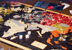 фото Avalon Hill: Axis&Allies. 1942 Ось и Союзники (420 фигурок) #2