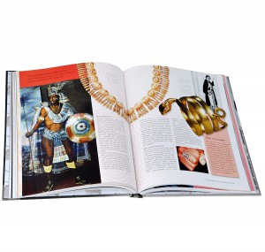 фото страниц История моды. Иллюстрированная энциклопедия от древности до наших дней #4