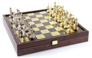 Шахматы 'Троянская война' в деревянном футляре (коричневые)