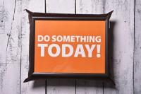 Подарок Поднос на подушке 'Сделай что-то сегодня' (111773)