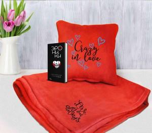 Книга Книга 'Эроники' + подушка с пледом 'Crazy in love!' (подарочный суперкомплект)