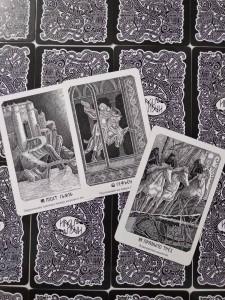 фото страниц Иггдрасиль. Скандинавский оракул (81 карта и руководство для гадания) #12