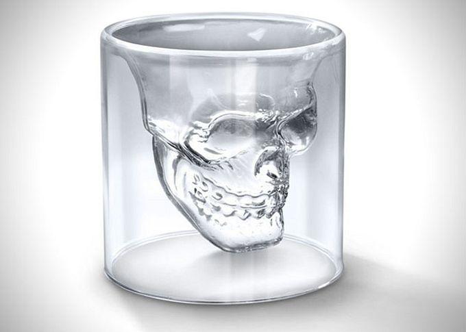 Издательство: сялун групп. Термонаклейка череп 7*9,5см. 6. Купить. Стакан керамический череп с усами на зеленом фоне/welcome to my crazy.
