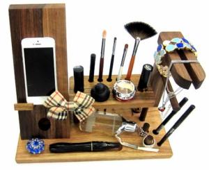 Подарок Настольный органайзер из дерева для косметики и аксессуаров 'Для нее'