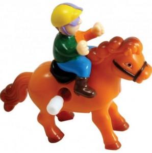 Наездник - игрушка с заводным механизмом
