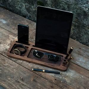 Подарок Подставка из дерева для планшета и смартфона