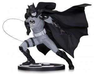 фото Фигурка Batman Black & White. Statue By Ivan Reis #3