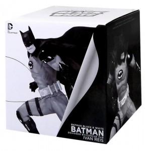 фото Фигурка Batman Black & White. Statue By Ivan Reis #2