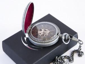 фото Коллекционные механические карманные часы Assassins Creed Unity #5