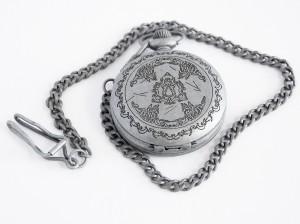 фото Коллекционные механические карманные часы Assassins Creed Unity #3