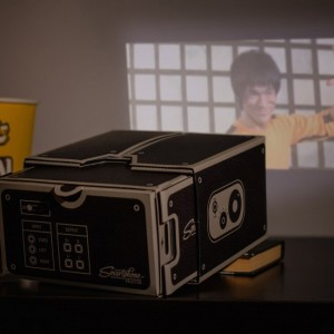 фото Проектор для смартфона Smartphone Projector Luckies (LUKPRO) #3