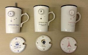 Подарок Чашка с крышкой и ложкой (NY, London, Rome, Paris)