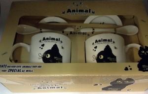 Подарок Подарочный набор 'Черный кот и стрекоза' (2 чашки, крышки, ложки)