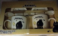 Подарок Подарочный набор 'Черный кот с шариками' (2 чашки, крышки, ложки)