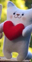 Подарок Подарочная игрушка 'Котик с красным сердцем'