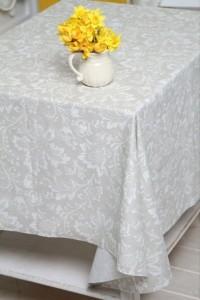 фото Скатерть Руно завитки белые 150 х 150 см #2