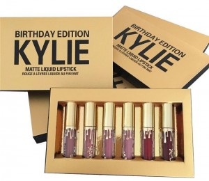 Подарок Набор жидких помад, 6 в 1 Kylie Birthday Edition
