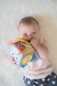 фото Развивающая игрушка-кубик Taf Toys 'Веселые зверушки' (12185) #3