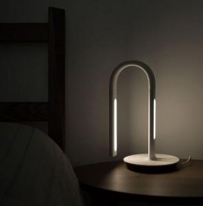 фото Умная настольная лампа Philips Smart LED Desk Lamp (Р27615) #4