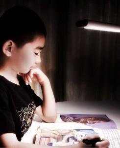 фото Умная настольная лампа Philips Smart LED Desk Lamp (Р27615) #5
