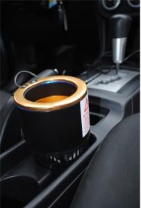 фото 'Умный' автомобильный подстаканник, черный с золотой окантовкой #2