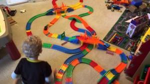 фото Гоночная трасса 'Magic Tracks' (Мэджик Трек) 440 деталей + 2 машинки #8
