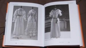 фото страниц Одевая эпоху #3