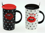 Подарок Чашка с губами 'Kiss me'