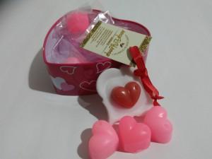 Подарок Подарочный набор мыльные сердечки в жестяной баночке в виде сердечка