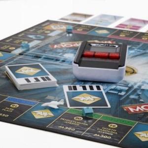 фото Настольная игра Hasbro Монополия с банковскими картами (обновленная) (B6677) #6