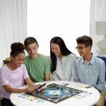 фото Настольная игра Hasbro Монополия с банковскими картами (обновленная) (B6677) #7