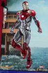 фигурка Коллекционная фигурка Hot Toys 'Железный Человек Марк 47 (Diecast)'