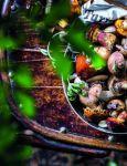 фото страниц Вкусный год. Чудесные пироги, десерты и закуски с вареньями и маринадами #3