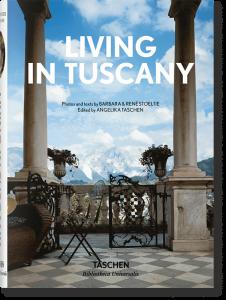 Книга Living in Tuscany